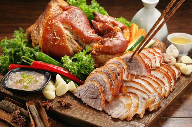 Свиная рулька в азиатском стиле