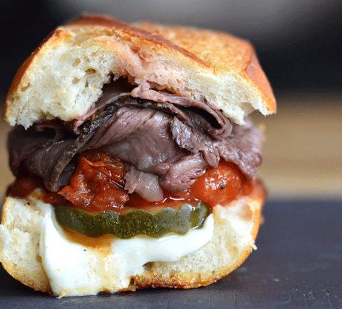 Бразильский сэндвич Бауру