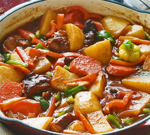 Тушеная картошка по-камерунски