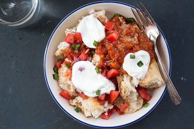 Хлебный салат с помидорами Фата