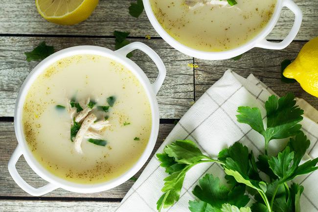 Авголемоно-греческий куриный суп с рисом