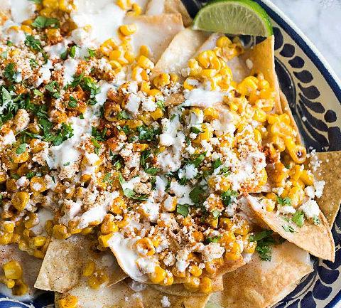 Мексиканский салат из кукурузы гриль