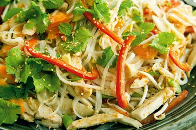 Вьетнамский салат из индейки