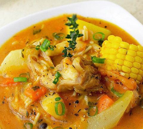 Карибский куриный суп с тыквой