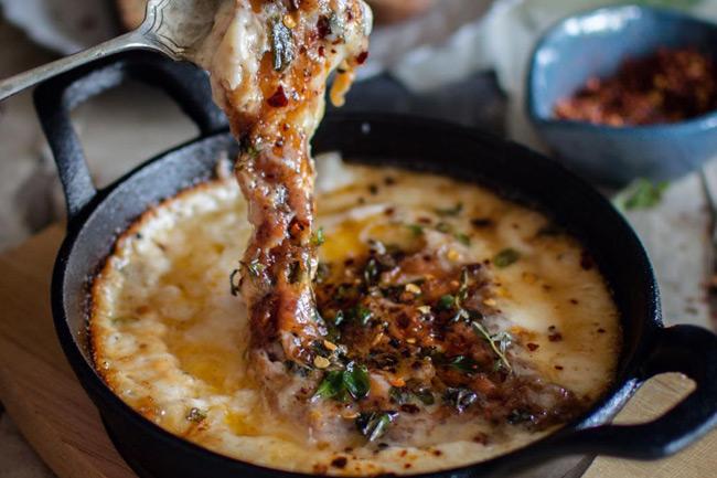 Проволета - аргентинский запеченный сыр