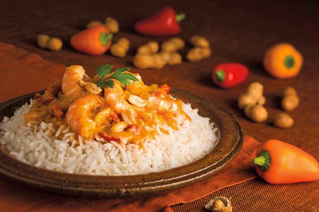Ватапа - бразильское рагу из креветок и рыбы с орехами