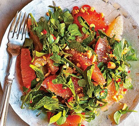 Салат из помело