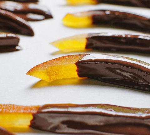 Оранжет - апельсиновые цукаты в темном шоколаде