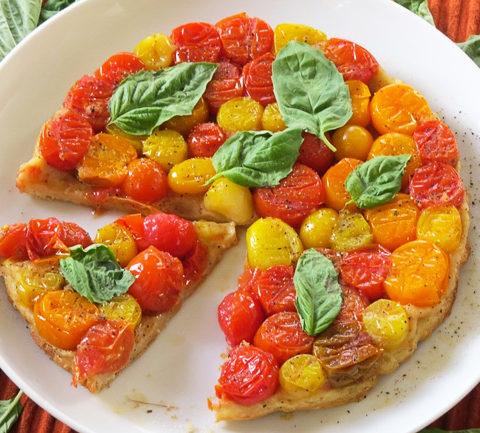 Тарт татен с помидорами
