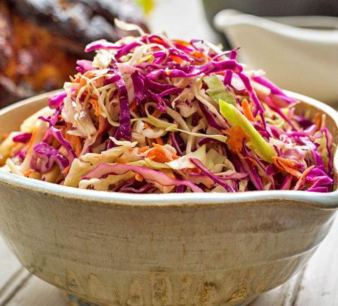 Капустный салат с интересной заправкой