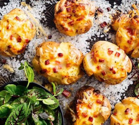 Картофель с ветчиной под сырной корочкой