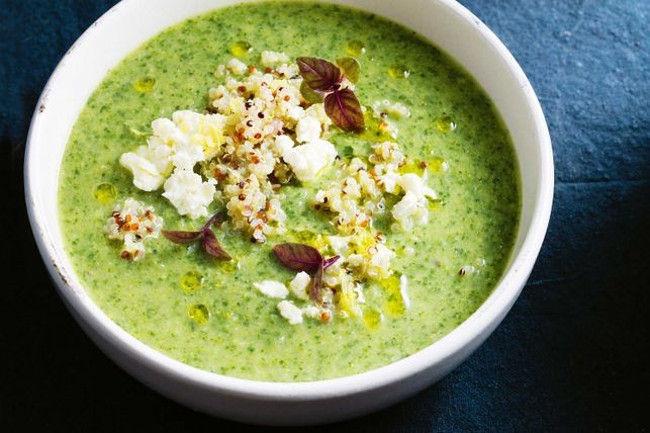 Суп из брокколи с киноа и сыром фета