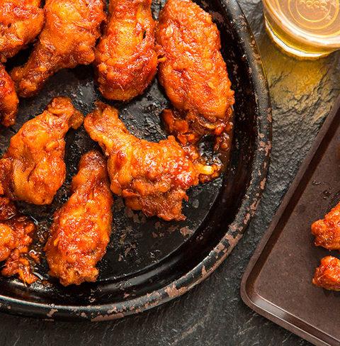 Хрустящие куриные крылышки по-корейски
